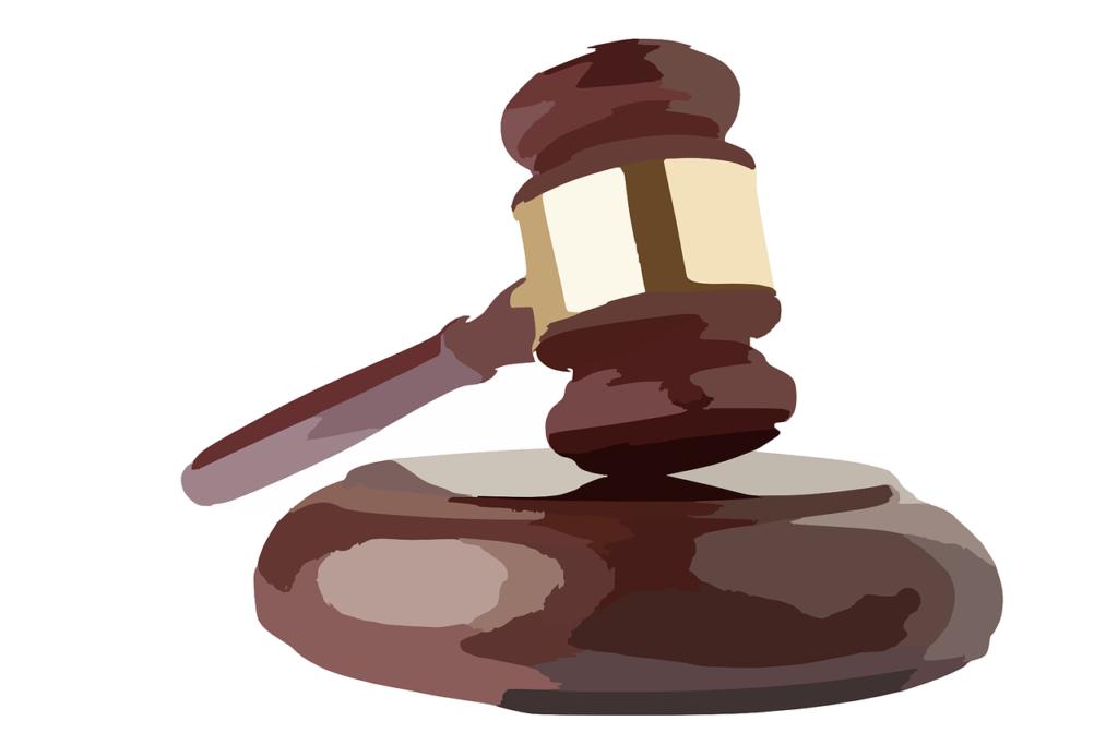 פטיש משפטי מצוייר